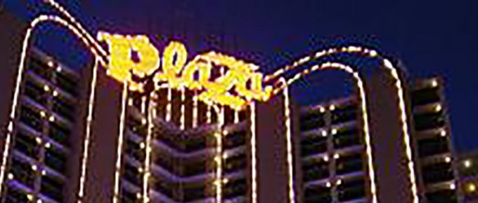 las-vegas, travel, fremont-st, usa, plaza-hotel-casino, www.traveltripz.com