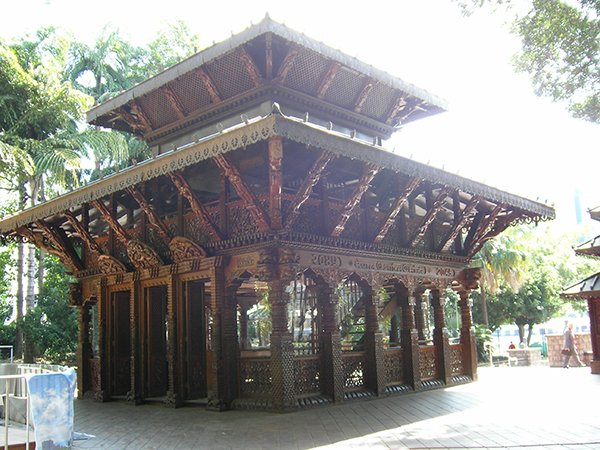 southbank-brisbane-nepalese-pagoda,travel,australia