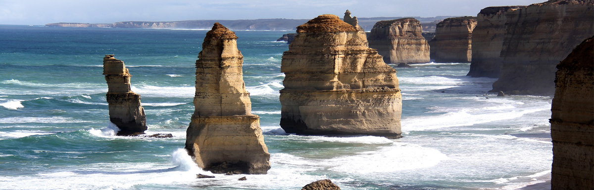 Drive the Great Ocean Road, Victoria, Australia
