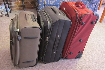 suitcase-comparison