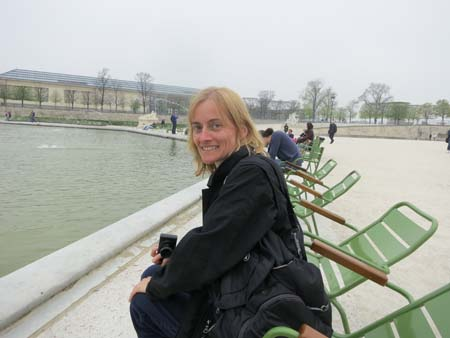 Paula-in-Jardin-de-Tuileries