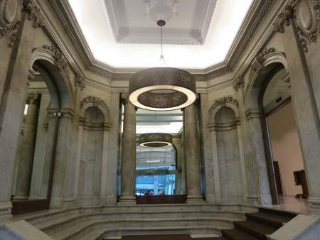 entrance-to-the-montecarlo-hotel-barcelona