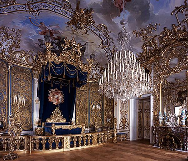 Linderhof-castle-kings-bedroom, travel