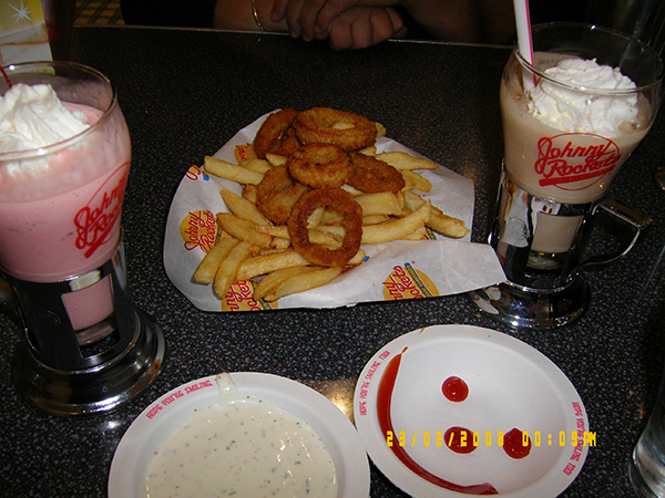 Johnny-rockets-diner, los-angeles,travel