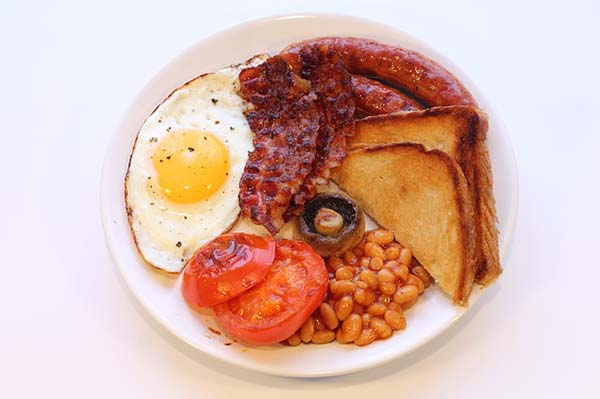 english-breakfast, travel, UK, traveltripz.com